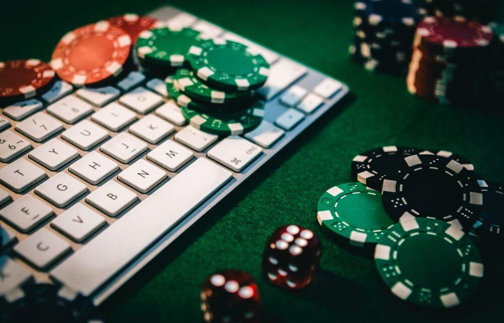 Nangungunang 100 Mga Site ng Casino